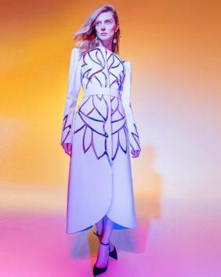 'Simplicity reveals the pure elegance'🤍 #dmitrysholokhov #art #fashion #vision #design #style #designer #crativity #artist #pure #beauty #elegance